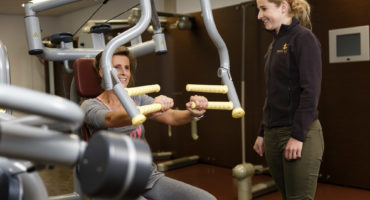 fysiotherapie, breda, breda west, paramedisch centrum, fysiotherapeut, fysiotherapiepraktijk, behandelingen, schouderpijn, schouderklachten, armpijn, armklachten, arm trainen, fysiotherapie voor arm, fysiotherapie voor schouder, schouder trainen
